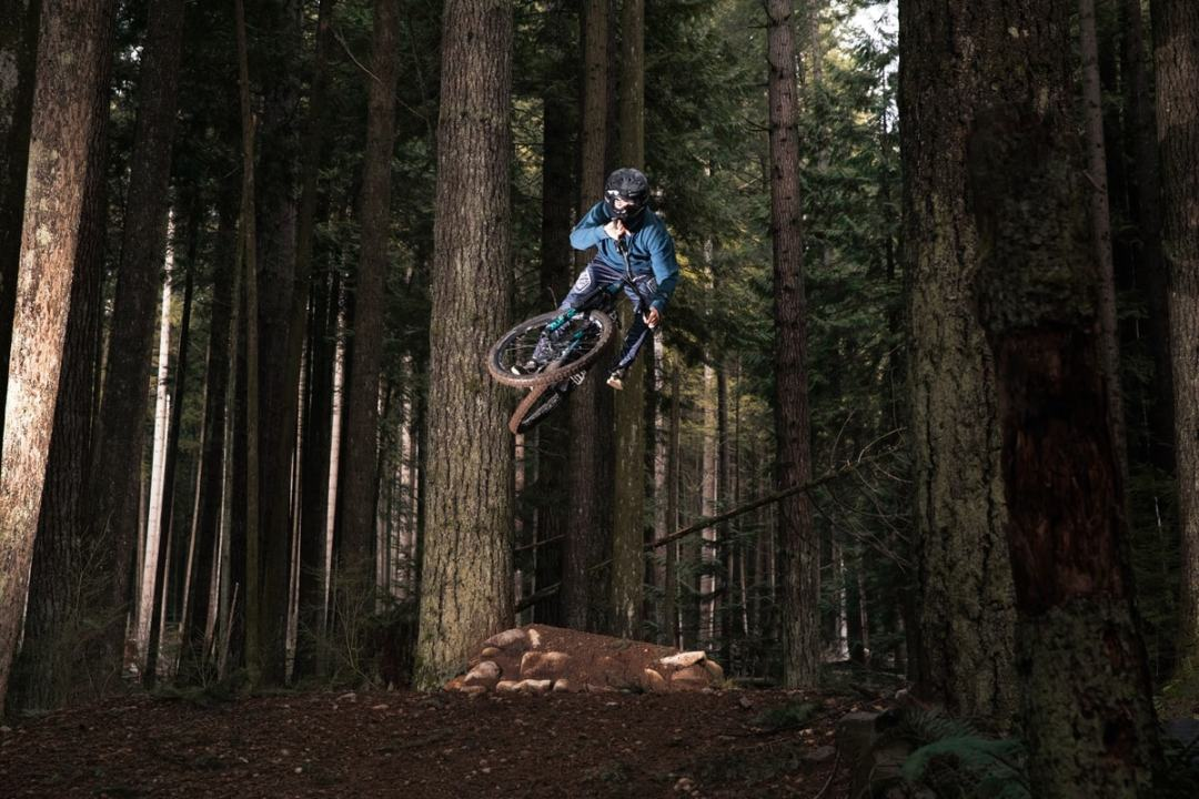 action sport photography, mountain biking action shot