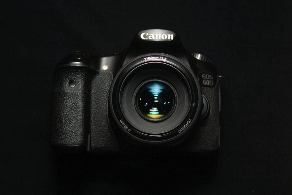 black-canon-dslr-camera-3802602
