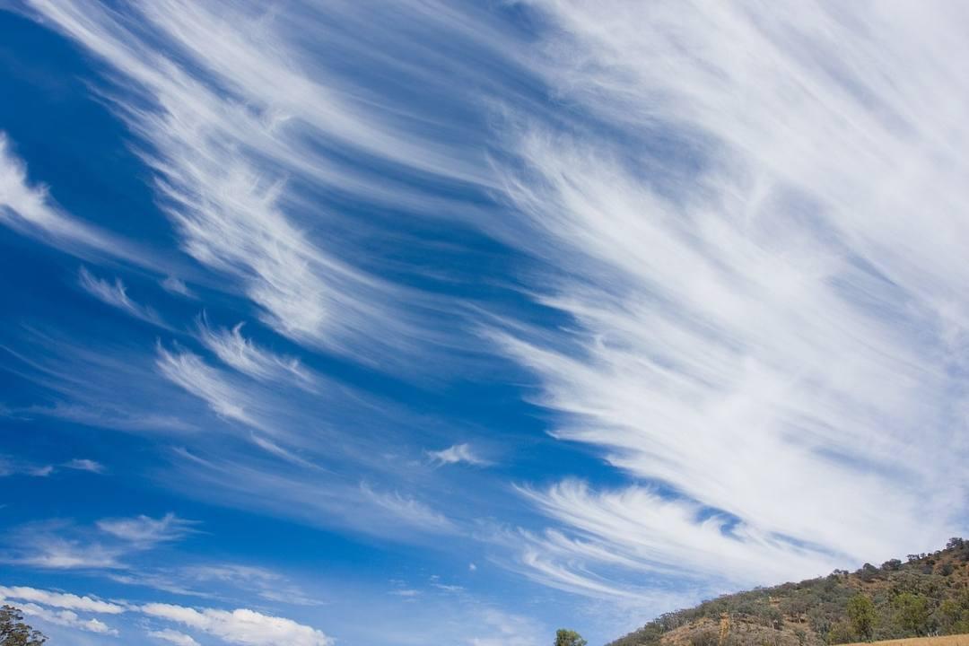 Cirrus_clouds_mar08