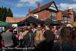 Big crowd, loud fun by Birmingham photographer Barry Robinson