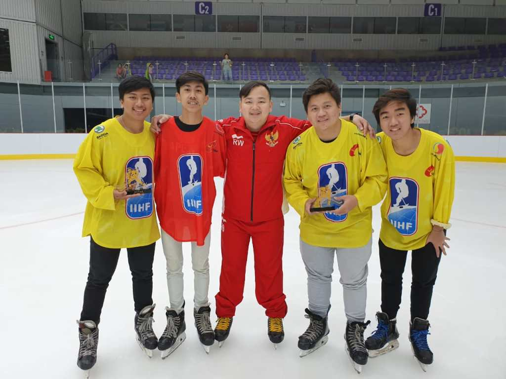 Tim Hoki Es Indonesia FHEI di 2019 IIHF CIHA Asian Mens Summer Camp Beijing China