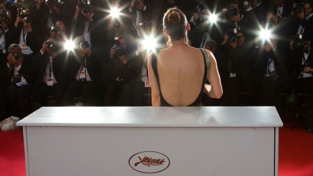 actress-emmanuelle-bercot-best-actress-award-winner-for-her-role-in-the-film-mon-roi-poses-during-a-photocall-after-the-closing-ceremony-of-the-68th-cannes-film-festival-in-cannes_5508823
