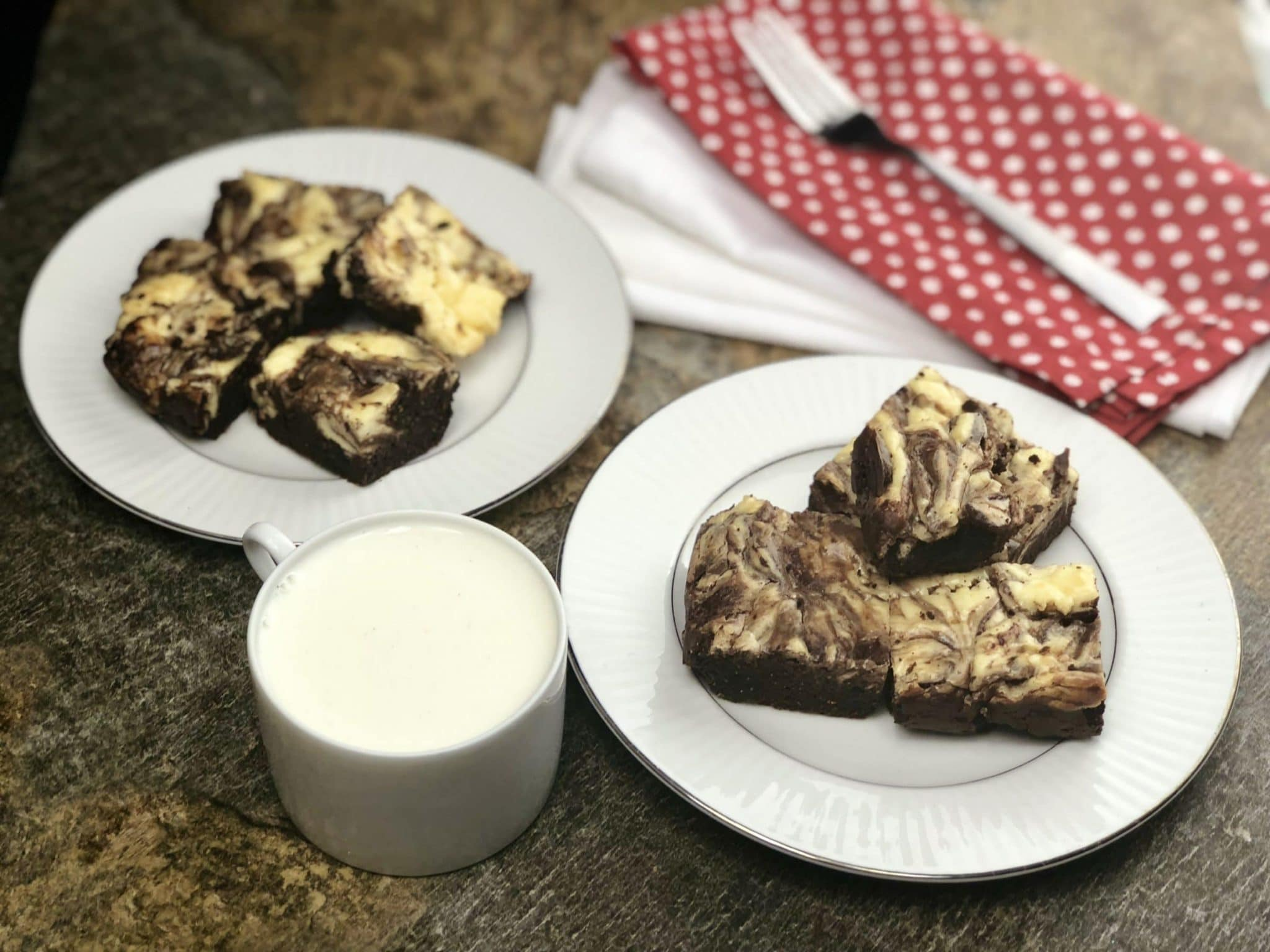 Two things that are meant to go together are cheesecake and brownies, and these keto cream cheese brownies are where it is at.#ketocreaamcheesebrownies #ketocheesecakebrownies