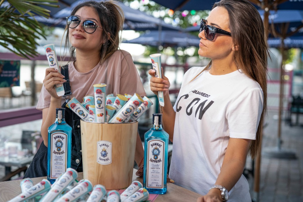 bombay sapphire promo girls by ami