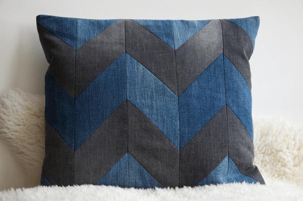 d0f22-patchwork-cushion
