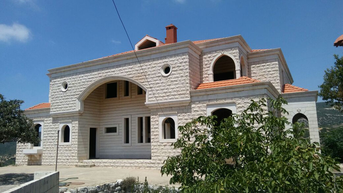 Villa for Sale Ain Kfaa Jbeil ; Construction is about 1984 Sqm