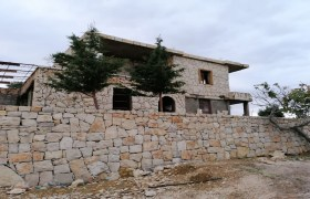 House for Sale Mechmech Jbeil Area The Building is about 203Sqm