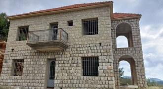 House for Sale Hardine – Beit Kassab Batroun Area Housing 200Sqm
