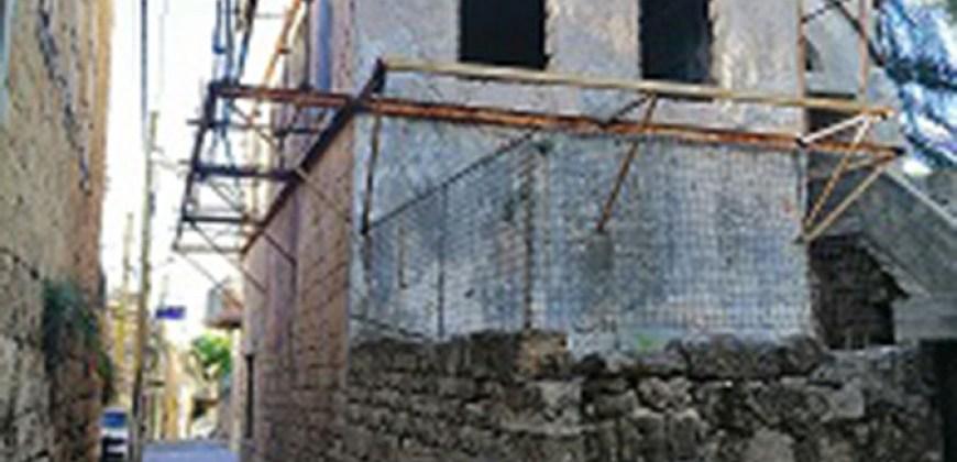 Old House for Sale Batroun City Area 145Sqm
