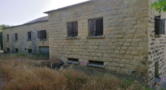 Old House for Sale Mechmech Jbeil Housing Area Around 800Sqm Land Area 2798Sqm
