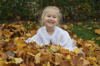 Playing in leaves 4