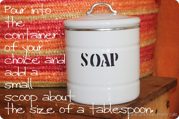 DIY-Laundry-Soap-in-container