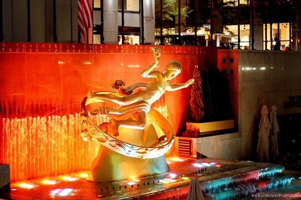 Fountain in Rockefeller Center