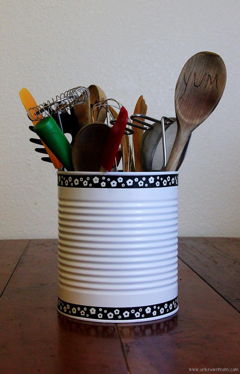 Tin-Can-DIY-utensil-holder-unknownmami