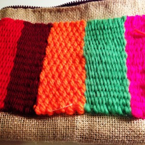 Bolso de mano étnico realizado con tela de saco