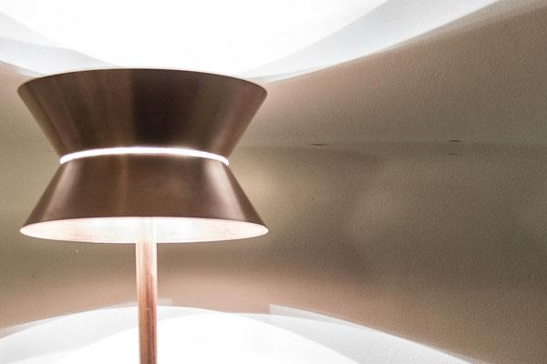 La Flaca, lámpara diseñada por Álvaro Catalán de Ocón | By Cousiñas