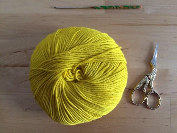 Materiales cubre botellas crochet