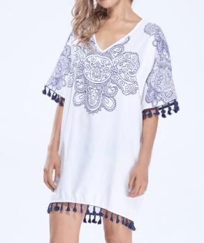 http://www.banggood.com/fr/Vintage-Women-V-Neck-Pattern-Printed-Tassel-Beach-Mini-Dress-p-1060377.html