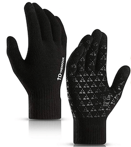 touchscreen winter gloves are a great gift idea for men