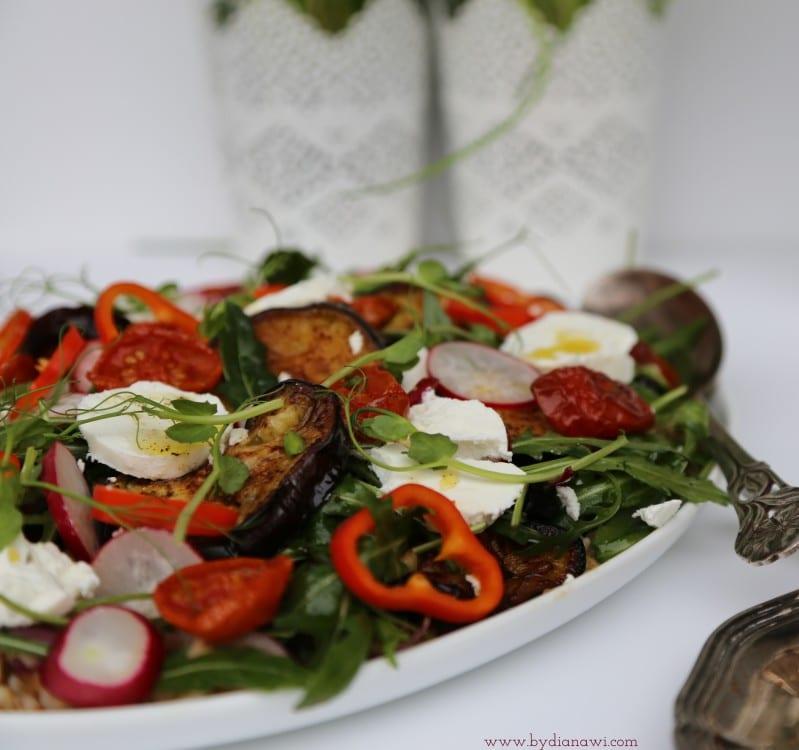 opskrifter med aubergine, salater, perlebyg
