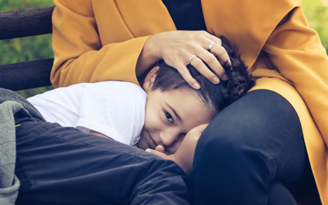 Comment aider mon enfant à vaincre sa timidité