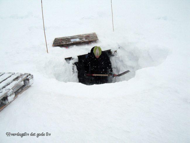 Bli med til isgrottene på Svalbard