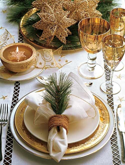 Vakre, julepyntede bord