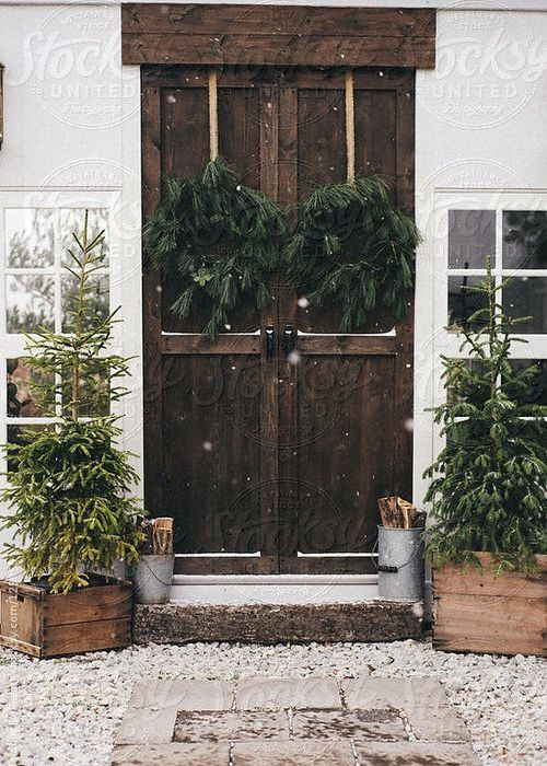 Pynt trappen med vinter og førjulsstemning