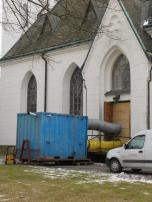 Flyttbar dieseleldad värmekanon för snabb uppvärmning av ouppvärmt kyrkorum vintertid.