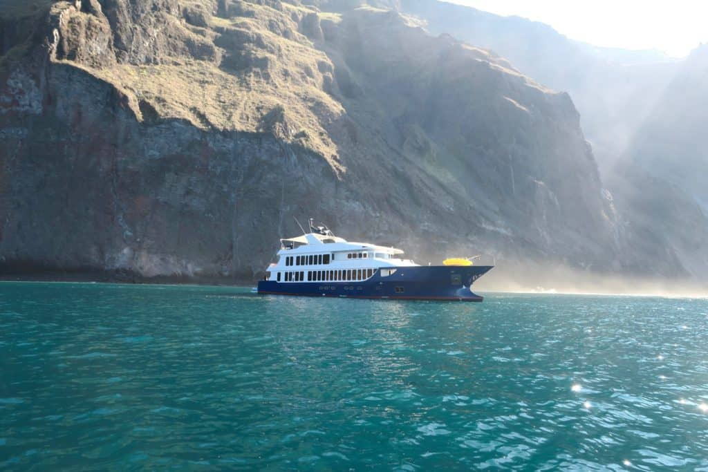 Eco boat tours with Ecoventura