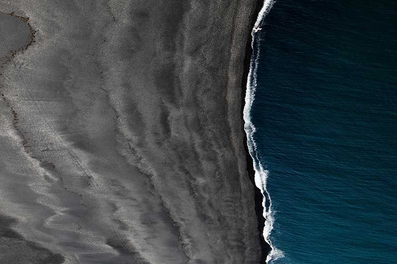 drone_over_water