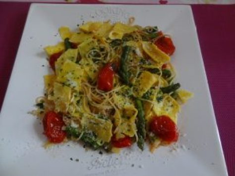 spaghettis omelette  et ses petits légumes 2