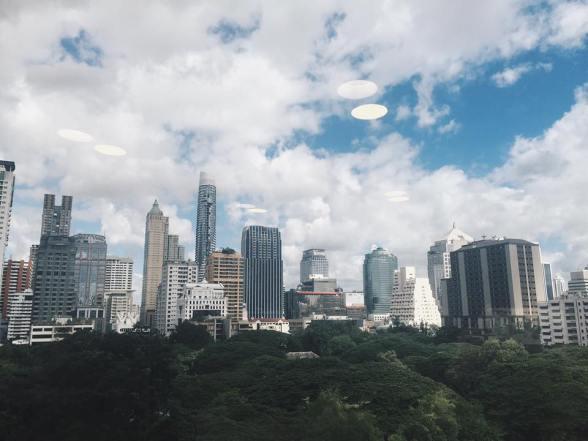 View từ office đẹp quá :X Từ khách sạn đến office có vài bước chân nên hàng ngày cứ tà tà ăn sáng chán chê no nê rồi mới lết sang office =)))