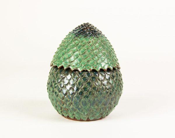 Boîte oeuf de dragon en céramique vert foncé brillant