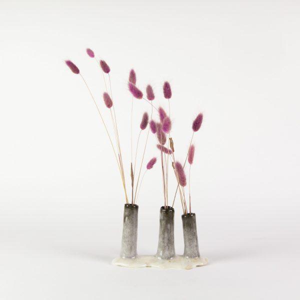 Soliflore en grès céramique noir et émail blanc