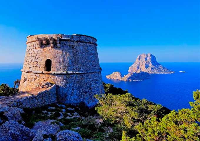 Viaje de vacaciones en velero a Ibiza y Formentera - Es Vedra