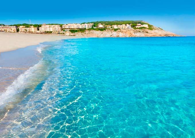 Navegar en Mallorca a Cala Mesquida