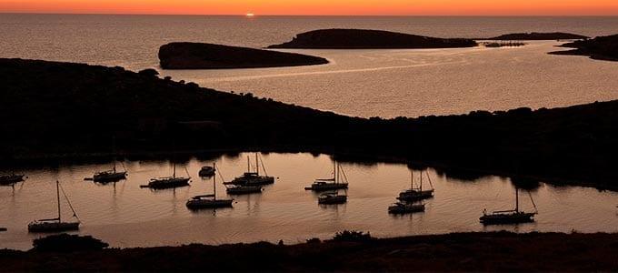 Atardecer en navegar en Croacia - Islas Kornati