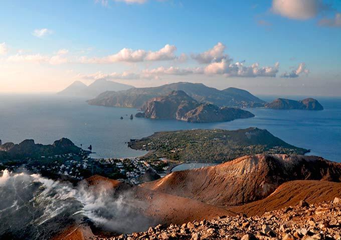 La isla de Lipari desde Vulcano