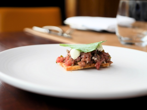 hoofdstad-brasserie-amsterdam-steak-tartare