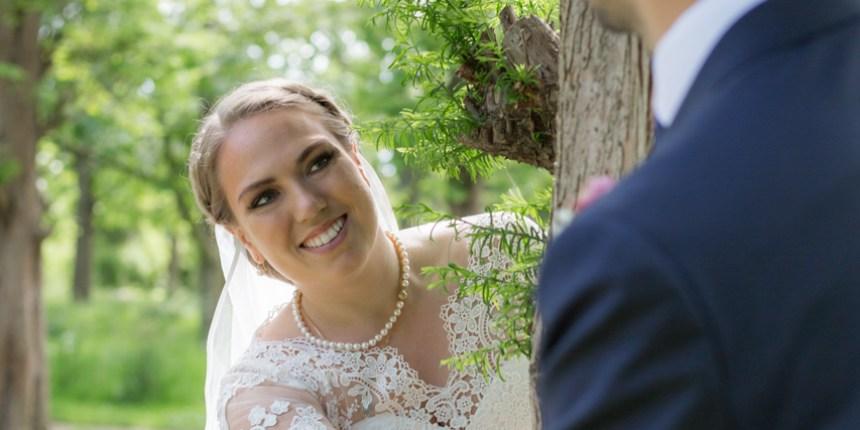 Bruden set over gommens skulder