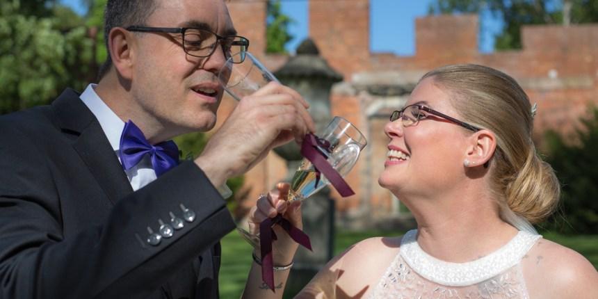 brudepar drikker dus