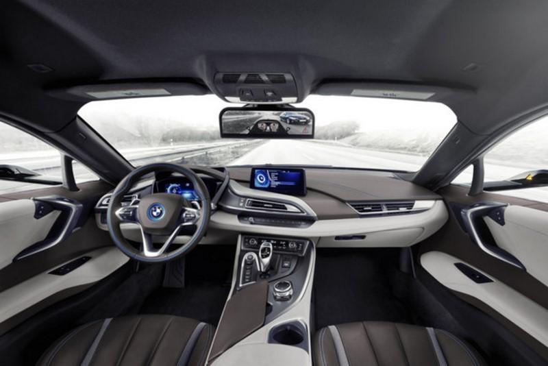 Algunas de las principales ventajas de los coches conectados