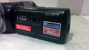 Sony-PJ330-2