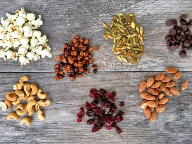 Roasted chickpeas add a protein-packed crunch to this sweet, salty and wholesome Crunchy Chickpea Trail Mix! www.bytesizednutrition.com
