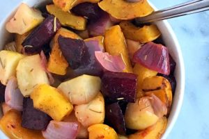 Rosemary Roasted Winter Squash, Beets and Apples | A healthy and colorful side dish to help you detox from the holidays! www.bytesizednutrition.com