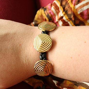 DIY - Vintage button bracelet small