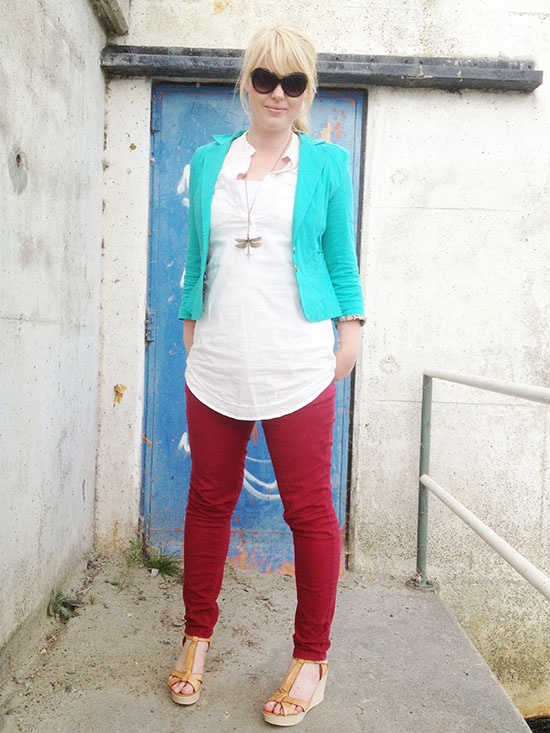 In Style - Aqua and red. Fashion look