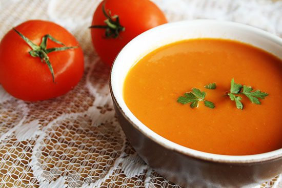 Recipe - Easy tomato soup @ By Wilma