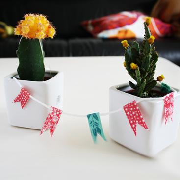 Washi tape marathon day 3: DIY mini bunting
